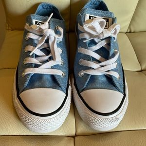 Ladies Blue Shimmer Converse